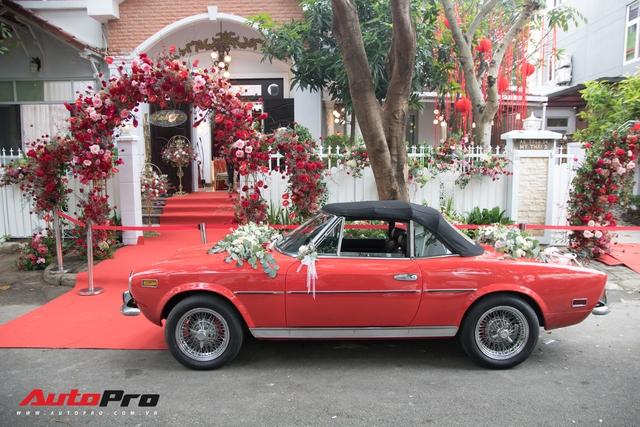 Ông Cao Thắng tự tay cầm lái Fiat 124 Sport Spider đến nhà ca sĩ Đông Nhi rước dâu - Ảnh 8.