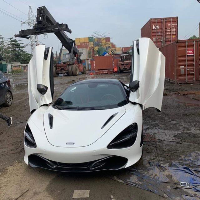 Sau gần 1 tuần khui công, McLaren 720S Spider đầu tiên tại Việt Nam bất ngờ xuất hiện tại Hà Nội - Ảnh 2.