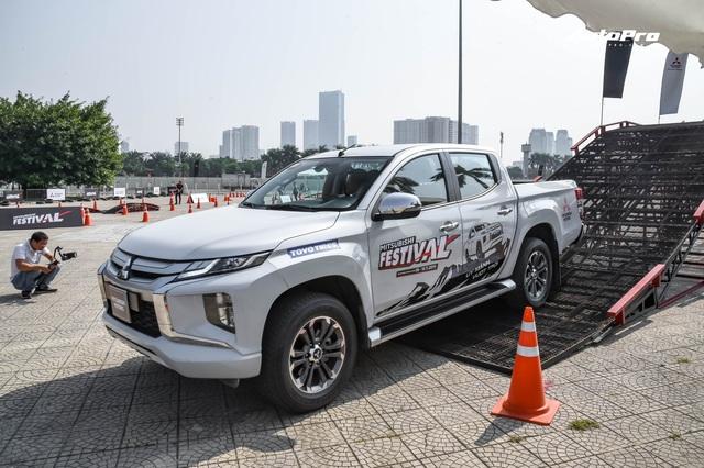 Chọn phiên bản Mitsubishi Triton 2020 nào với giá từ 600 triệu đến 865 triệu đồng? - Ảnh 4.