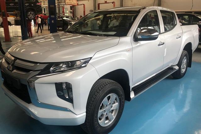 Chọn phiên bản Mitsubishi Triton 2020 nào với giá từ 600 triệu đến 865 triệu đồng? - Ảnh 3.
