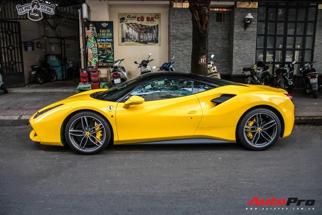 Ferrari 488 GTB của em trai Phan Thành bất ngờ xuất hiện trên phố Sài Gòn cuối tuần - Ảnh 4.
