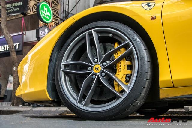 Ferrari 488 GTB của em trai Phan Thành bất ngờ xuất hiện trên phố Sài Gòn cuối tuần - Ảnh 15.