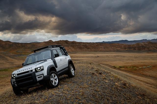 Land Rover phát triển siêu sang Defender đấu Maybach GLS - Ảnh 2.