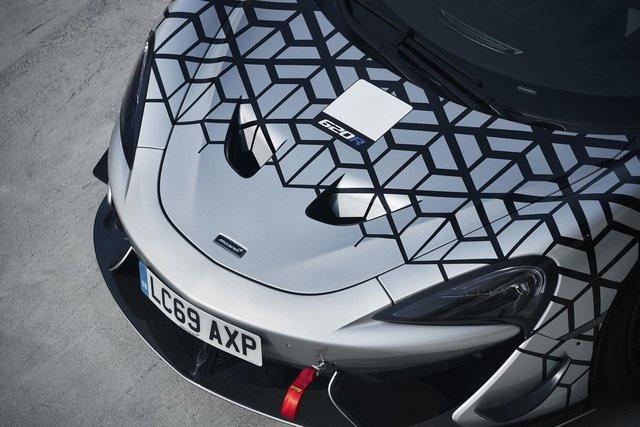 McLaren 620R ra mắt: Chuyển hóa giá trị xe đua thành thực tiễn - Ảnh 3.