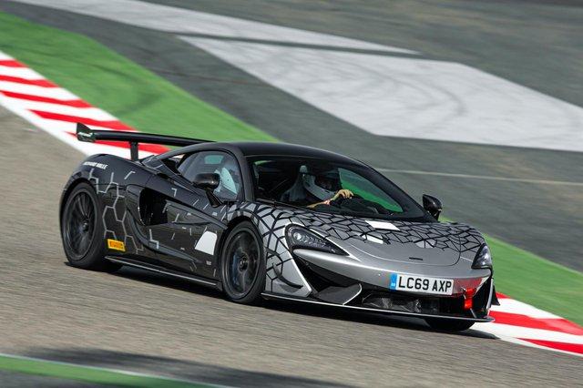 McLaren 620R ra mắt: Chuyển hóa giá trị xe đua thành thực tiễn - Ảnh 2.