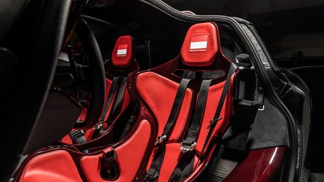 Siêu xe Senna cháy hàng nhưng đại lý này vẫn năn nỉ được McLaren sản xuất thêm 3 chiếc nữa và đây là kết quả - Ảnh 6.