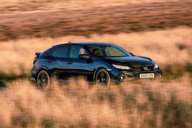 Ra mắt Honda Civic Sport Line: Giả thể thao cho người dùng xe thường - Ảnh 4.