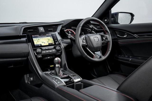Ra mắt Honda Civic Sport Line: Giả thể thao cho người dùng xe thường - Ảnh 7.