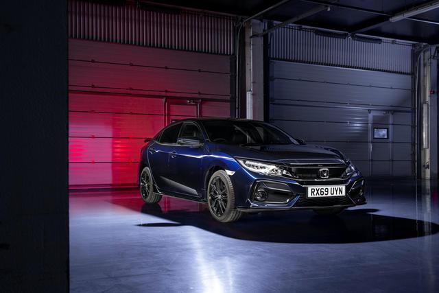 Ra mắt Honda Civic Sport Line: Giả thể thao cho người dùng xe thường - Ảnh 1.