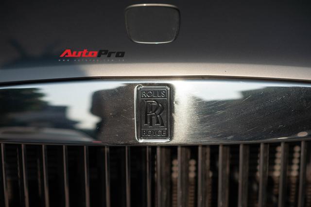 Bắt gặp Rolls-Royce Wraith độ độc đáo của dân chơi đồng hồ khét tiếng tại Hà Nội - Ảnh 5.
