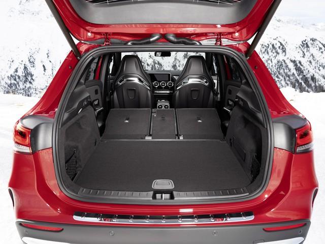 SUV hiệu suất cao giá rẻ Mercedes-AMG GLA 35 sẽ mở bán vào đầu năm 2020 - Ảnh 7.