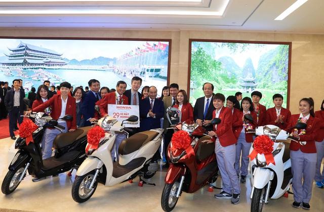 Sau VinFast, tới lượt Honda tặng xe cho các cầu thủ Việt Nam sau khi vô địch SEA Games 30 - Ảnh 2.