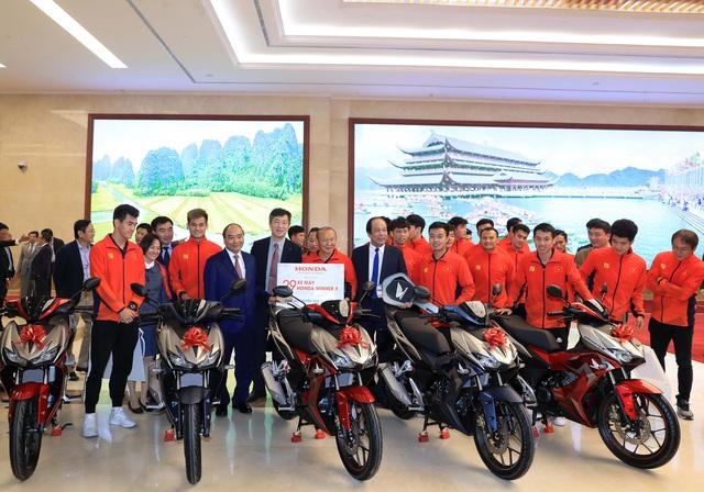 Sau VinFast, tới lượt Honda tặng xe cho các cầu thủ Việt Nam sau khi vô địch SEA Games 30 - Ảnh 1.