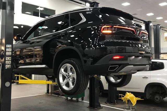 Là xe tiền tỷ, VinFast Lux sở hữu những phụ tùng giá chưa tới 5.000 đồng - Ảnh 1.