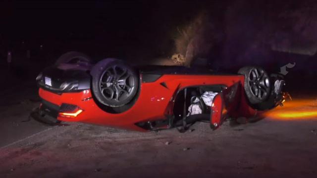 Mượn Lamborghini Huracan của bạn rồi làm lật chỏng chơ giữa đường, ngưới lái bỏ đi biệt tích