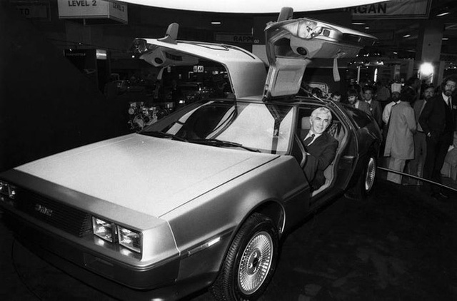 Trước Tesla Cybertruck, chỉ có duy nhất 1 chiếc xế hộp bọc thép không gỉ, được sản xuất từ tận năm 1983 - Ảnh 4.