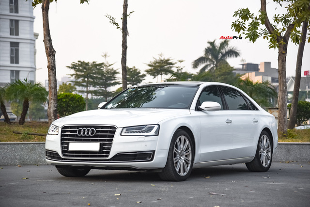 Audi A8L xuống giá còn hơn 2,7 tỷ đồng sau hơn 53.000 km - lựa chọn cho đại gia chán Mercedes-Benz S-Class và BMW 7-Series - Ảnh 8.