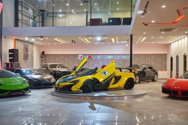 Hé lộ showroom nhiều siêu xe nhất tại Việt Nam: Một số có lai lịch đặc biệt - Ảnh 1.