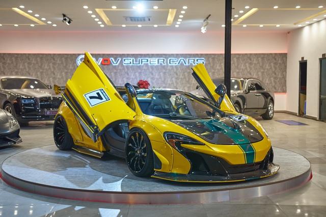 Hé lộ showroom nhiều siêu xe nhất tại Việt Nam: Một số có lai lịch đặc biệt - Ảnh 4.