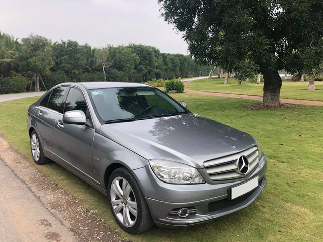 Nữ chủ nhân bán cắt lỗ Mercedes-Benz C200 với giá rẻ hơn Kia Morning cả chục triệu đồng - Ảnh 1.
