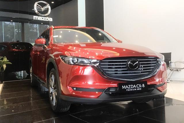 Mazda CX-8 giảm giá kỷ lục 100 triệu đồng, phiên bản 'giá rẻ' lên lịch bán ra, gần ngang CX-5 - Ảnh 1.