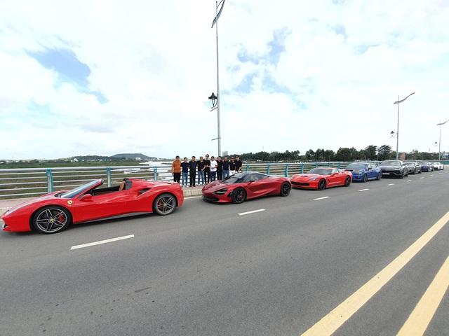 Cường Đô-la, trưởng đoàn Car Passion cùng dàn siêu xe đã đến Đà Nẵng, xuất hiện thêm siêu phẩm hàng hiếm - Ảnh 1.