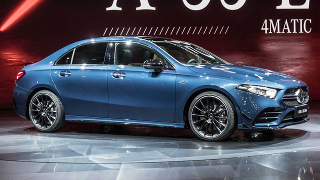 Các hãng xe Trung Quốc nhăm nhe nuốt phần lớn cổ phần của hãng mẹ Mercedes-Benz - Ảnh 1.