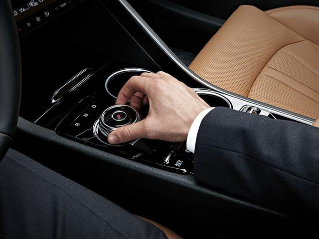 Đã có thông số chi tiết của xe hot Kia Optima - Những thứ đe doạ vị thế của Toyota Camry - Ảnh 15.