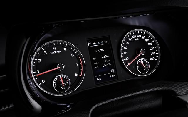 Đã có thông số chi tiết của xe hot Kia Optima - Những thứ đe doạ vị thế của Toyota Camry - Ảnh 17.