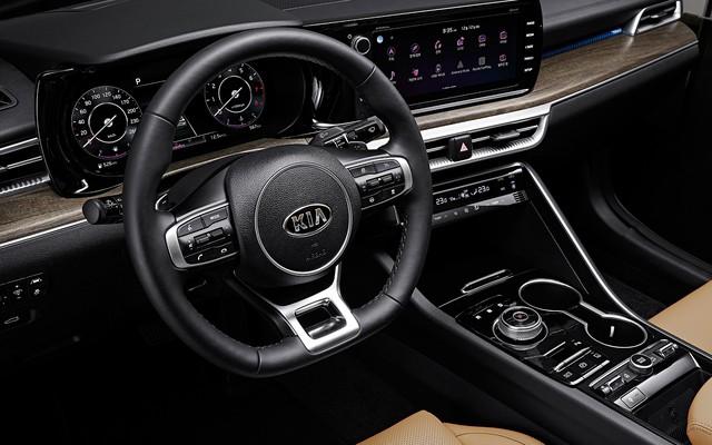 Đã có thông số chi tiết của xe hot Kia Optima - Những thứ đe doạ vị thế của Toyota Camry - Ảnh 18.