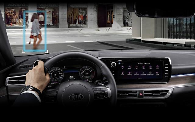 Đã có thông số chi tiết của xe hot Kia Optima - Những thứ đe doạ vị thế của Toyota Camry - Ảnh 21.