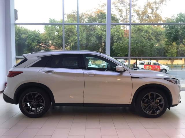 So găng Infiniti QX50 và Mercedes-Benz GLC tại Việt Nam - SUV Nhật đòi đấu 'vua doanh số' từ Đức - Ảnh 5.
