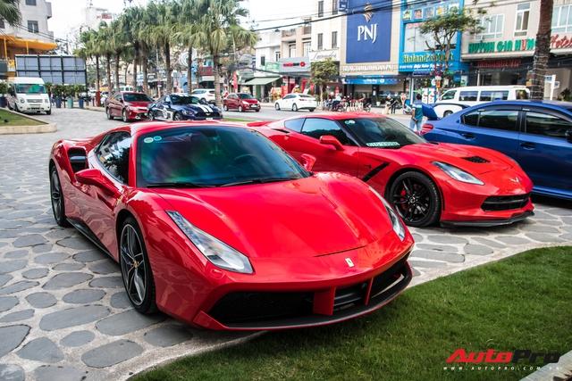 Vừa khai trương nhà hàng của Cường Đô-la, trưởng đoàn Car Passion cùng dàn siêu xe khuấy động đường phố Đà Nẵng trước khi về lại Sài Gòn - Ảnh 3.