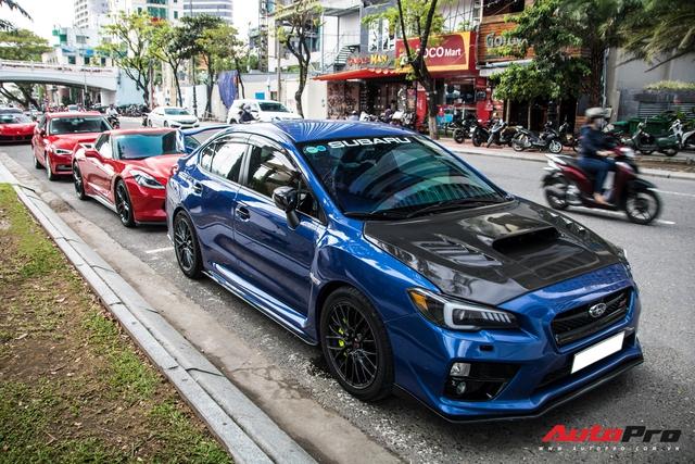 Vừa khai trương nhà hàng của Cường Đô-la, trưởng đoàn Car Passion cùng dàn siêu xe khuấy động đường phố Đà Nẵng trước khi về lại Sài Gòn - Ảnh 1.