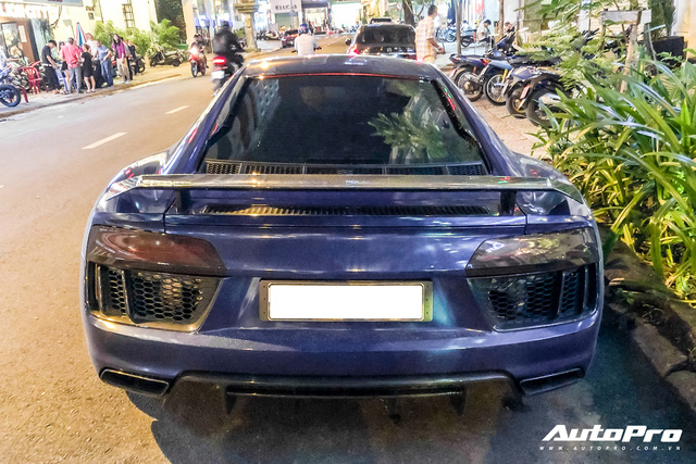 Liên tục đổi chủ và thay áo, đây chính là chiếc Audi R8 V10 Plus tắc kè hoa nhất tại Việt Nam - Ảnh 5.