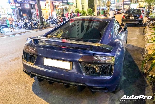 Liên tục đổi chủ và thay áo, đây chính là chiếc Audi R8 V10 Plus tắc kè hoa nhất tại Việt Nam - Ảnh 7.