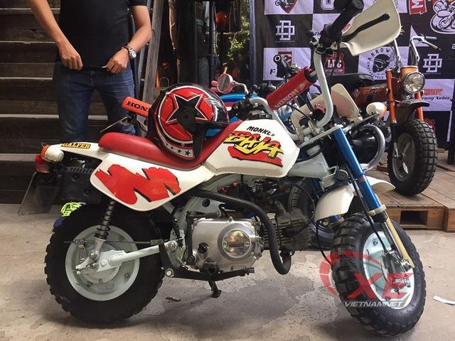 Những chiếc minibike đẹp long lanh của dân chơi Sài Gòn - Ảnh 2.