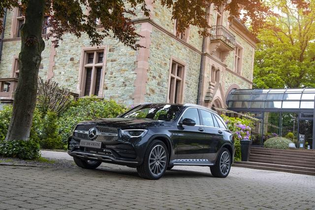 Ra mắt Mercedes-Benz GLC 300 nhập Đức: Giá 2,56 tỷ, tăng giá so với lắp ráp nhưng vẫn rẻ hơn BMW X3 - Ảnh 6.