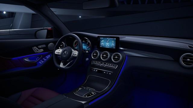 Ra mắt Mercedes-Benz GLC 300 nhập Đức: Giá 2,56 tỷ, tăng giá so với lắp ráp nhưng vẫn rẻ hơn BMW X3 - Ảnh 4.