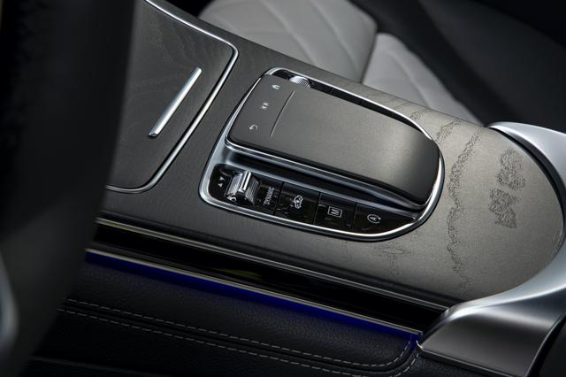 Ra mắt Mercedes-Benz GLC 300 nhập Đức: Giá 2,56 tỷ, tăng giá so với lắp ráp nhưng vẫn rẻ hơn BMW X3 - Ảnh 5.