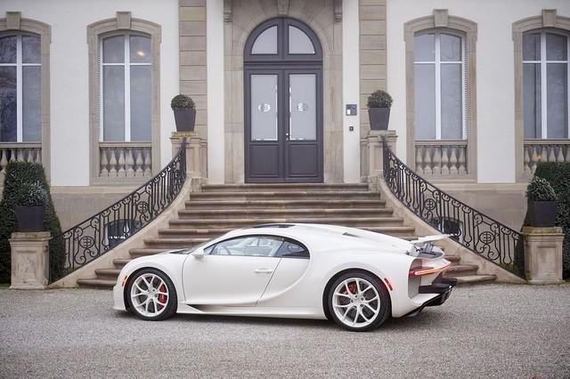 Siêu phẩm Bugatti Chiron độc nhất vô nhị trao tay đại gia bất động sản sau 3 năm hoàn thiện - Ảnh 4.