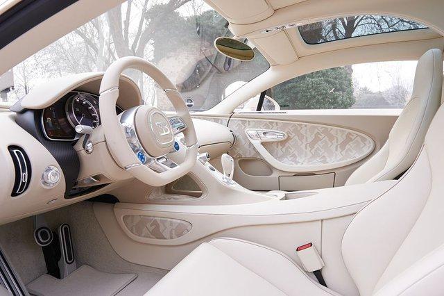 Siêu phẩm Bugatti Chiron độc nhất vô nhị trao tay đại gia bất động sản sau 3 năm hoàn thiện - Ảnh 10.