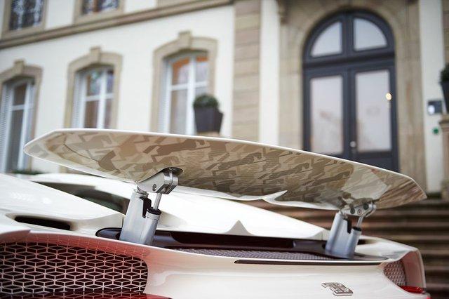 Siêu phẩm Bugatti Chiron độc nhất vô nhị trao tay đại gia bất động sản sau 3 năm hoàn thiện - Ảnh 9.