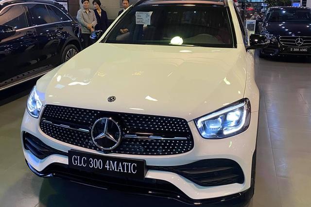 Rẻ hơn tới 300 triệu, chọn Mercedes-Benz GLC mới hay BMW X3 khi cùng nhập khẩu? - Ảnh 5.