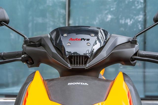 Chi tiết Honda Winner X màu mới vừa về đại lý - Đối thủ khó nhằn của Yamaha Exciter - Ảnh 4.