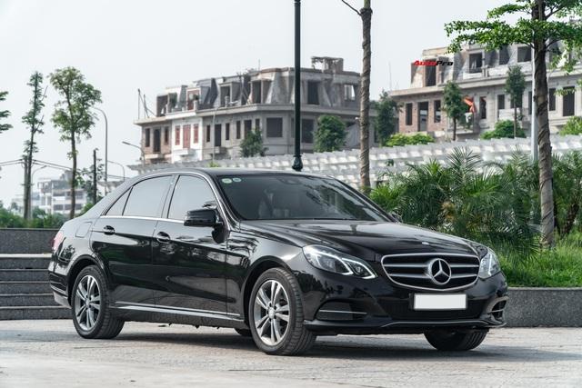 Chỉ sau 5 năm, Mercedes-Benz E-Class nay còn rẻ hơn Toyota Camry cả chục triệu đồng - Ảnh 4.