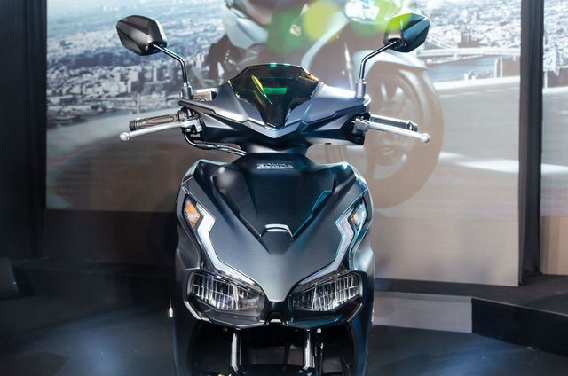 Cầm 60 triệu sắm xe Tết, Honda AirBlade 2020 hay Piaggio Liberty - Ảnh 4.