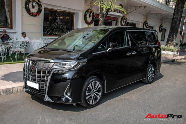 Doanh nhân Nguyễn Quốc Cường tậu Toyota Alphard giá hơn 4 tỷ đồng - Ảnh 2.