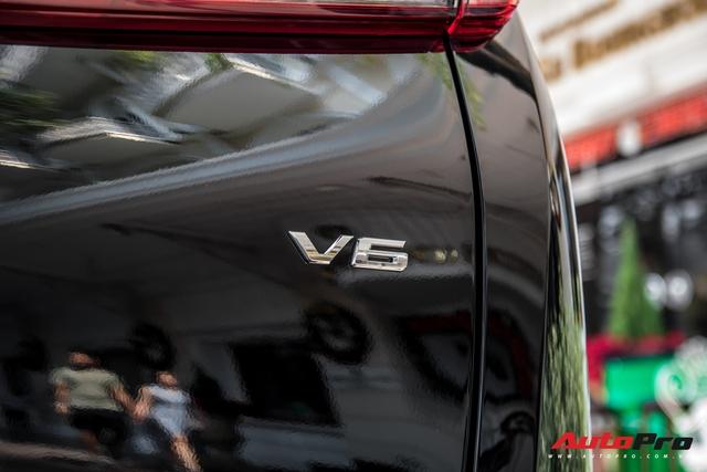 Doanh nhân Nguyễn Quốc Cường tậu Toyota Alphard giá hơn 4 tỷ đồng - Ảnh 6.