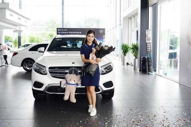 Sao Việt lũ lượt sắm xế bạc tỷ trong năm 2019: Chủ yếu là xe châu Âu với một thương hiệu áp đảo - Ảnh 12.